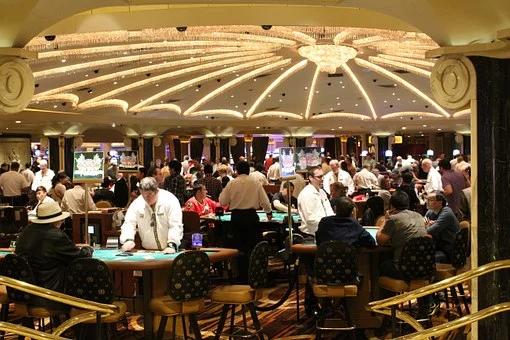 オンラインカジノが発祥したのは何年前なのか?